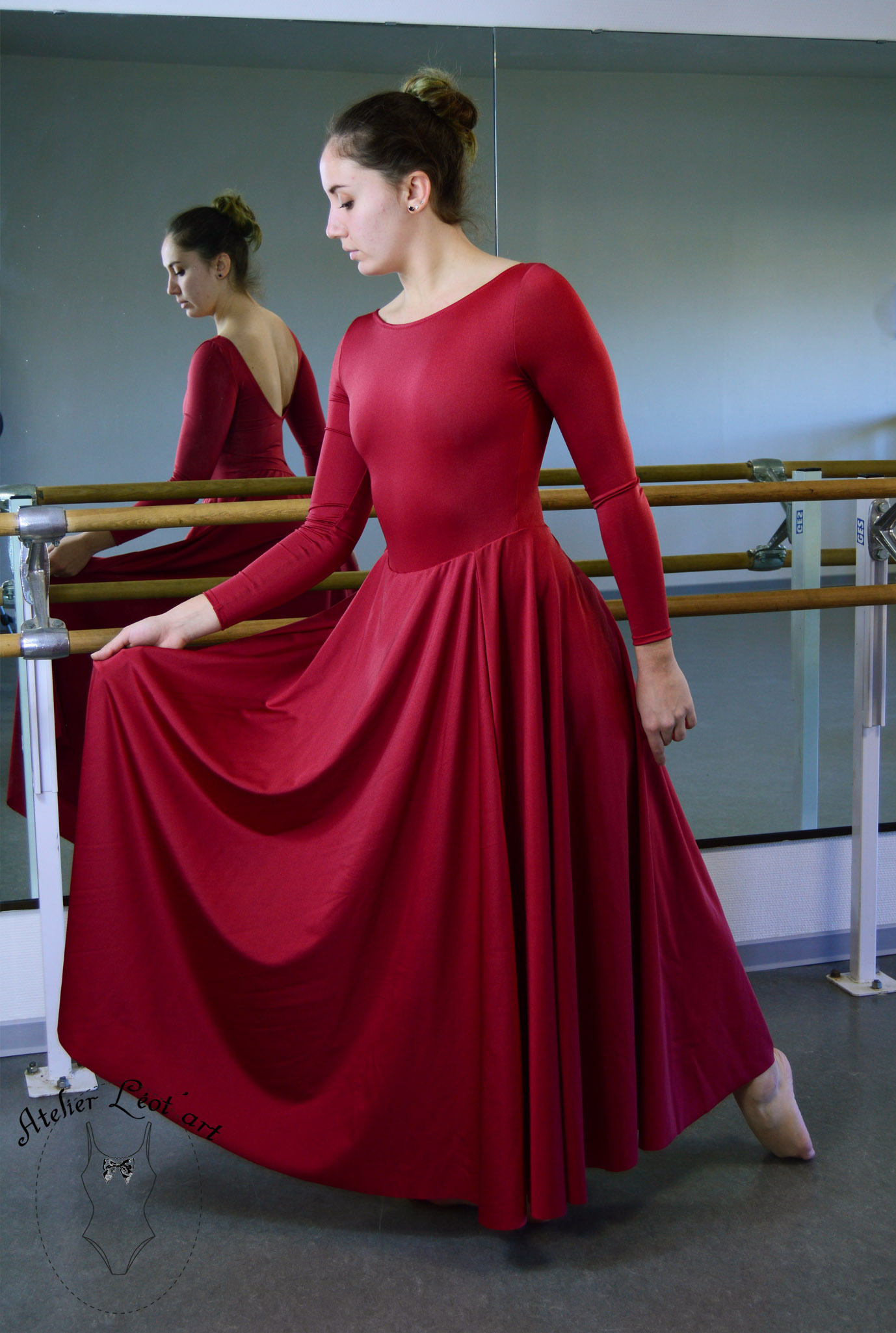 costume-danse-robe-rouge-pourpre-adulte